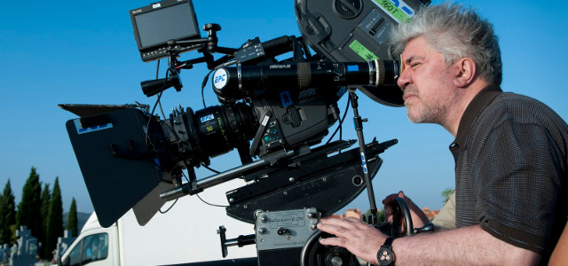 Pedro almodovar a painter that picked up a camera for Pedro camera it