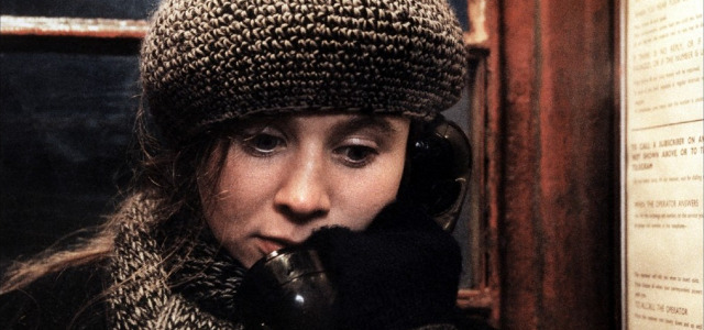 Breaking the Waves (3)